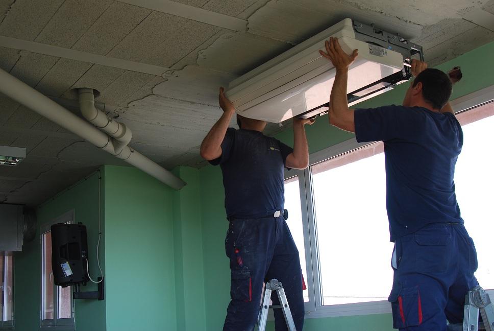 Proyecto de climatizacion en escuelas abril 2013 for Arreglar aire acondicionado