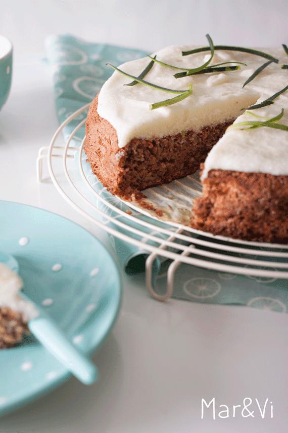 tarta de calabacín, lima y nuez