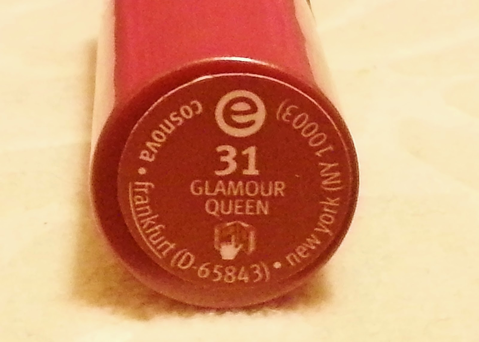 Essence 31 Glamour Queen