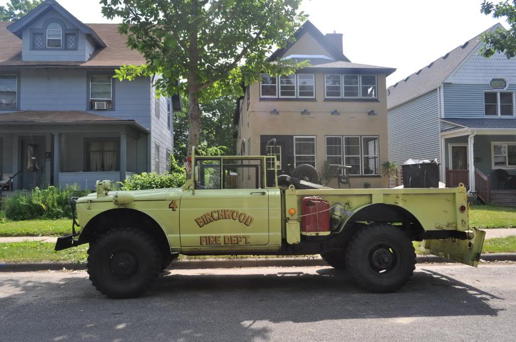 the automotive way minneapolis street sighting kaiser jeep m715. Black Bedroom Furniture Sets. Home Design Ideas