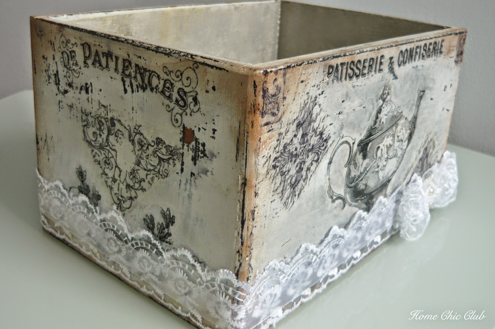 diy vintage shabby chic box for biscuits home chic club diy vintage shabby chic box for. Black Bedroom Furniture Sets. Home Design Ideas