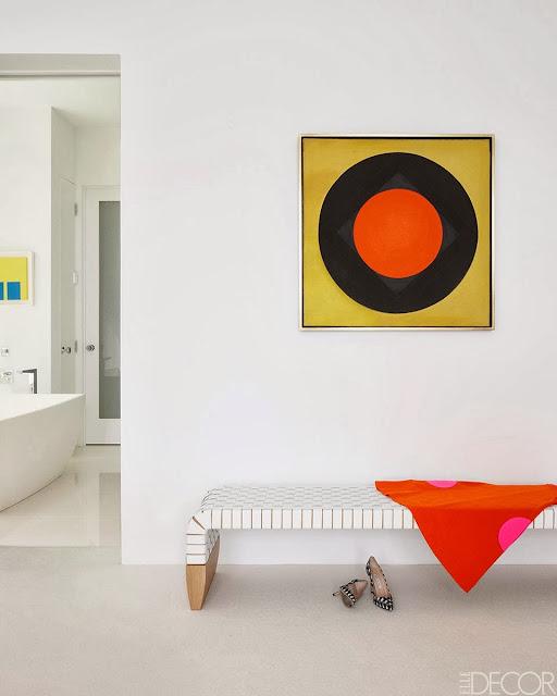 Interior Minimalis Penuh Warna 5