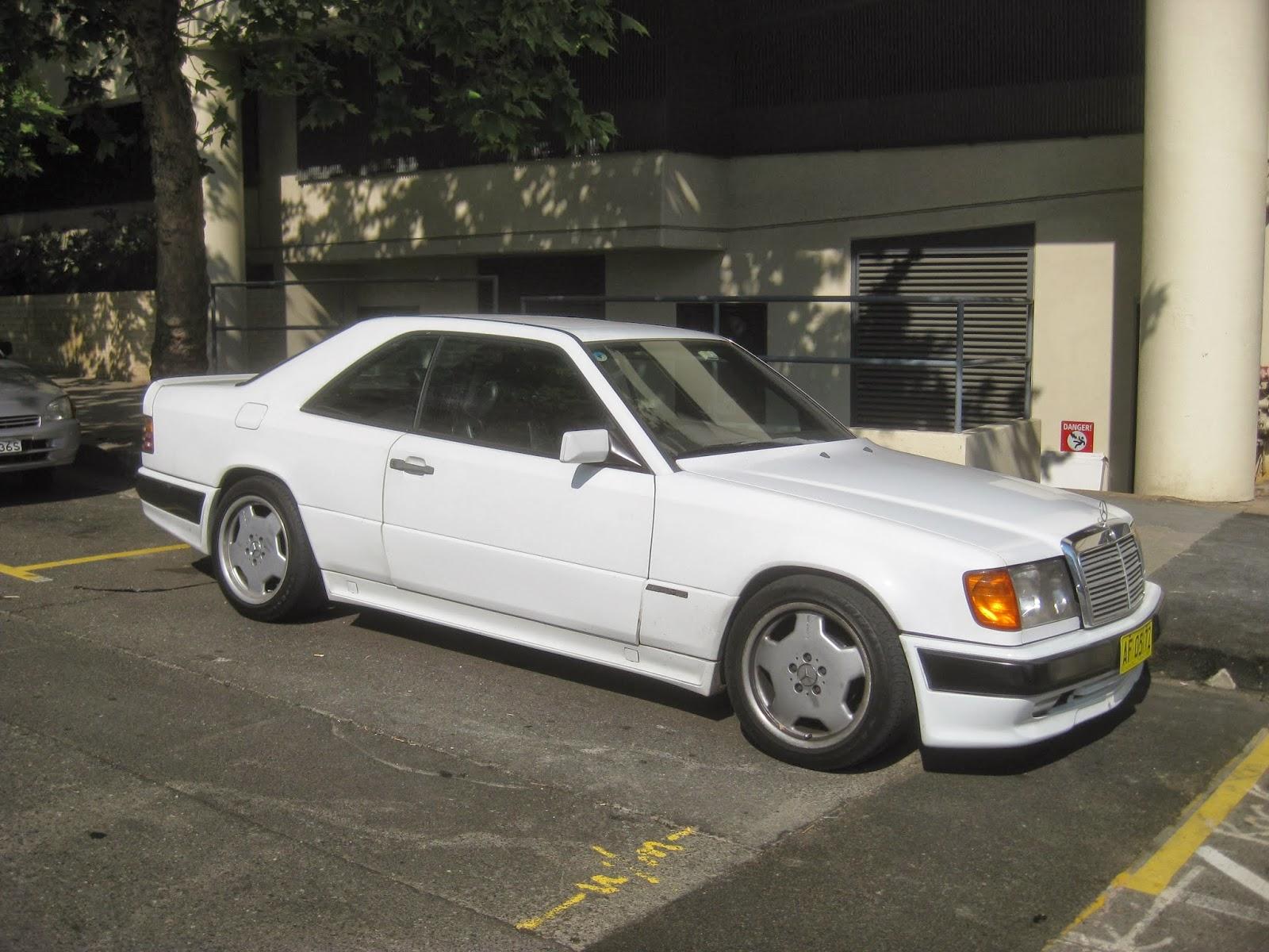aussie old parked cars 1988 mercedes benz w124 300 ce amg. Black Bedroom Furniture Sets. Home Design Ideas