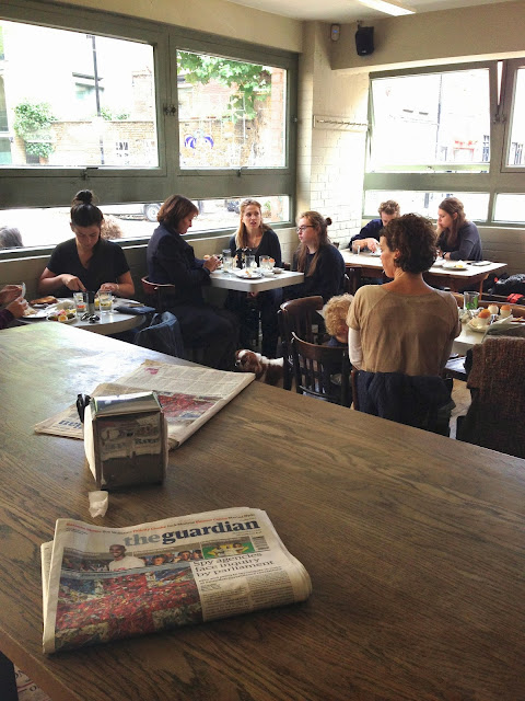 Allpress Roastery and cafe London Redchurch Street breakfast coolhunt The Squid stories