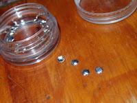 conchas para decorar las uñas