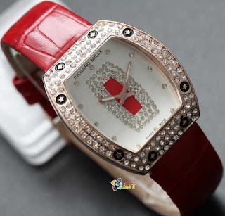 jam tangan artis