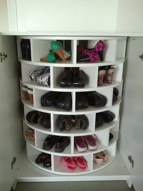 Lazy Susan for Shoes | MODERN INTERIOR