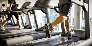 5 Alat Fitnes Untuk Mengecilkan Perut Buncit