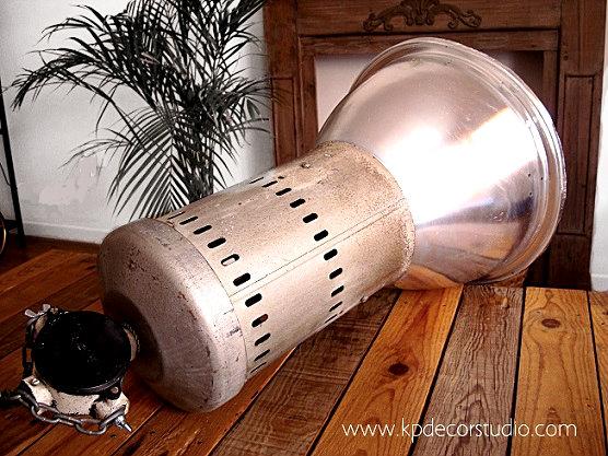 Tienda de lámparas y focos vintage estilo industrial