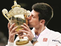 Wimbledon-2015-Novak-Djokovic-beats-Roger-Federer-in-final