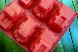 SILICONE CAR CAKE MOLD
