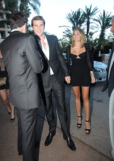 Miley Cyrus and Liam Hemsworth  arrive at AIF award 2012