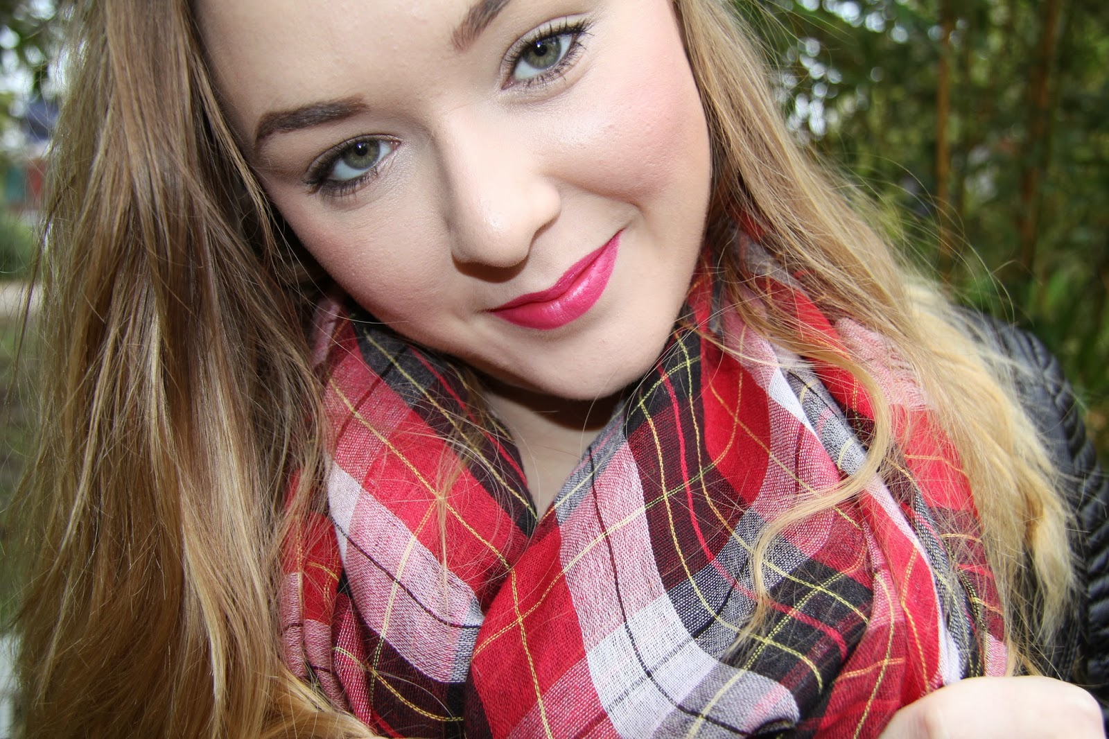 Plaid Scarf Make-up