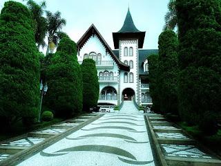 Castelo da Família Castellan, Flores da Cunha. Construção em estilo medieval europeu.