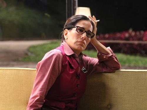 Glória Pires comenta a importância de temas fortes na televisão e cita 'Salve Jorge' como exemplo
