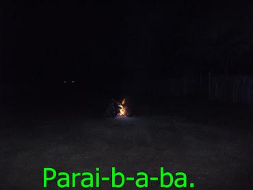 Uma fogeira,ilumina a noite,no cariri paraibano.