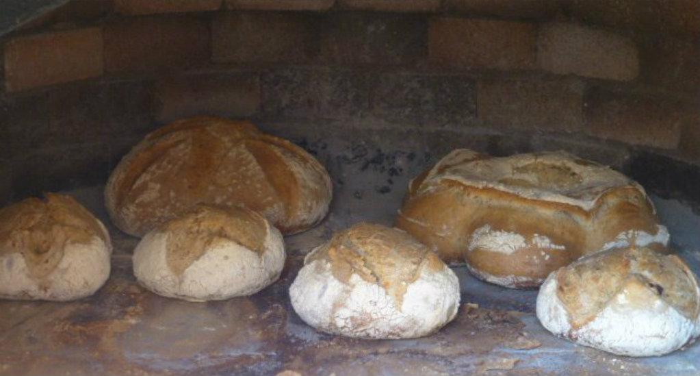 Locos por los hornos de le a c mo limpiar el horno de le a - Cocinar en horno de lena ...
