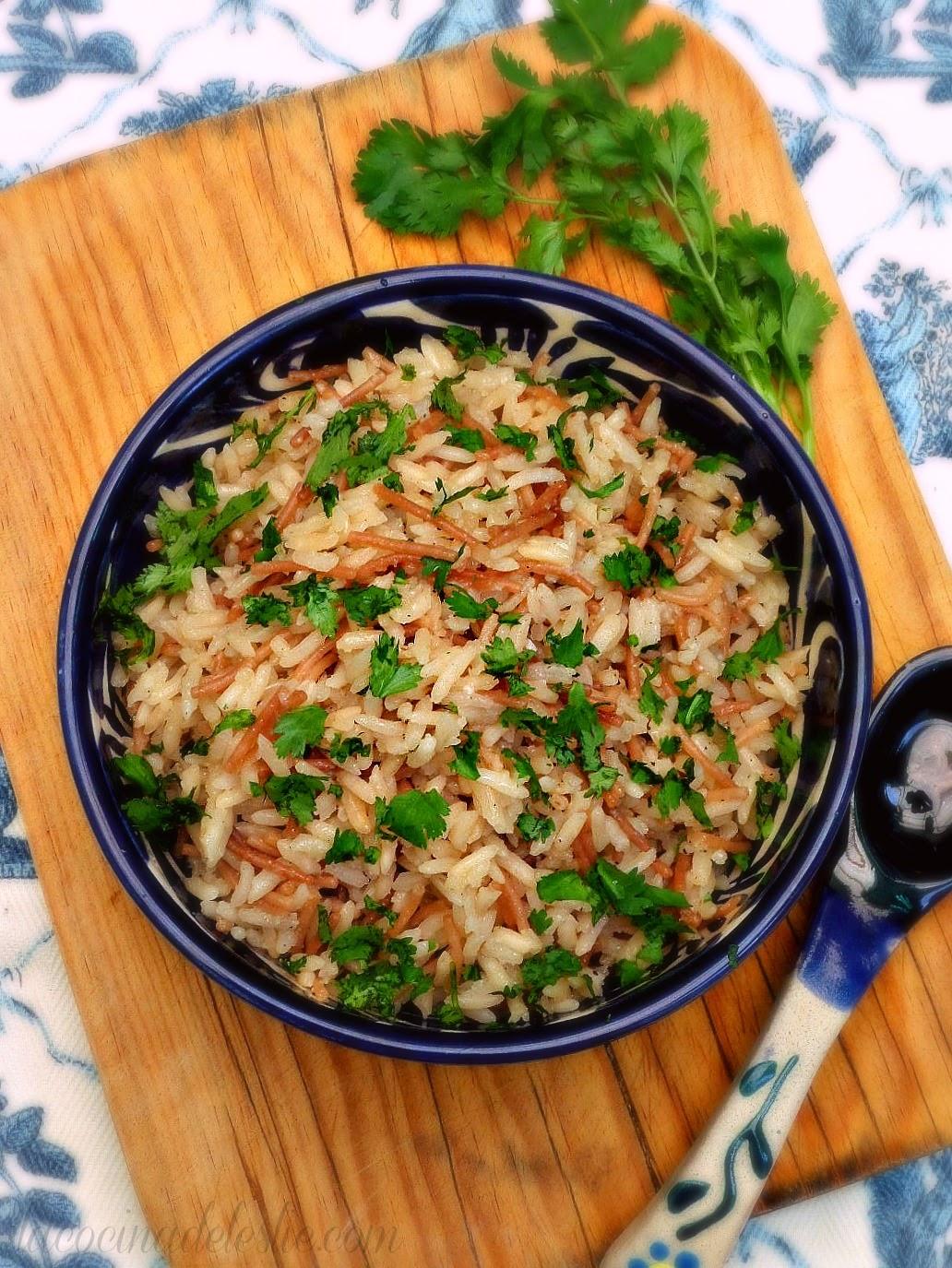 Cilantro Rice Pilaf - lacocinadeleslie.com