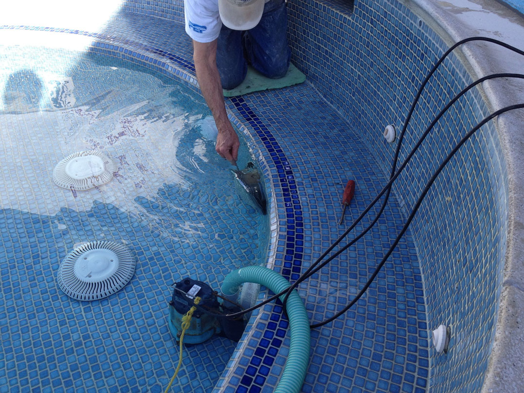 Wine country pools and supplies changing a poolspa light this is a special screw that is made to resist rusting under pool water conditions so be sure not to lose this screw pull the light straight out and away arubaitofo Image collections