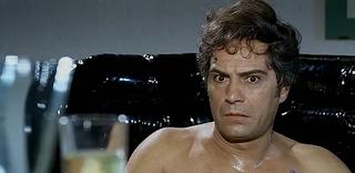 """Nino Manfredi in """"Vedo Nudo"""""""
