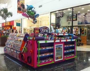 Shopping Grande Rio inaugura ponto de venda da marca Fini
