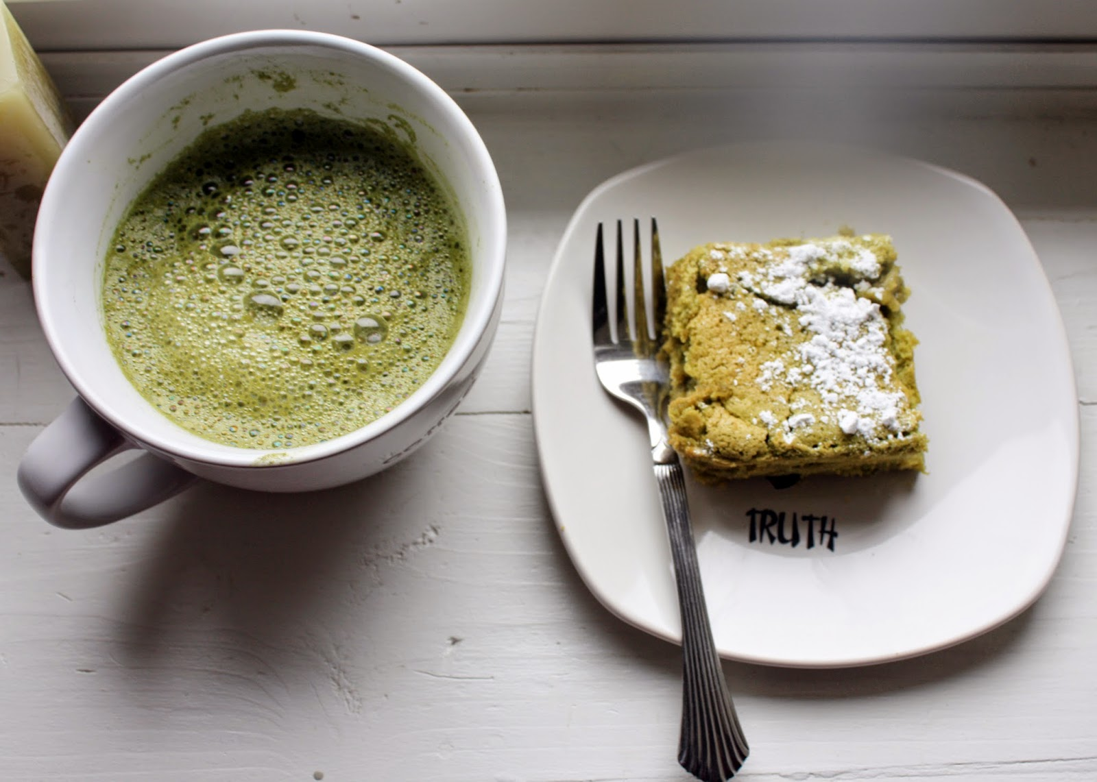 Green tea latte and Green tea cake