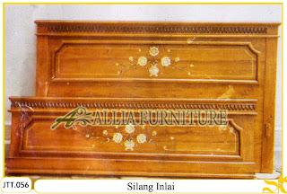 Tempat tidur kayu jati ukir jepara Silang Inlai murah.Jakarta