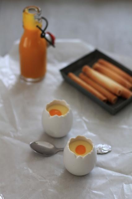Petites crèmes express aux fruits de la passion pour Pâques