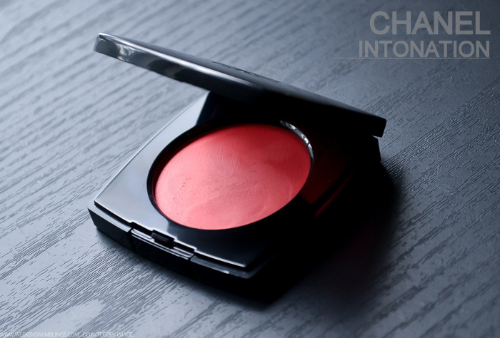 Chanel Cream Blush Intonation 69 - Photos Swatches Review FOTD