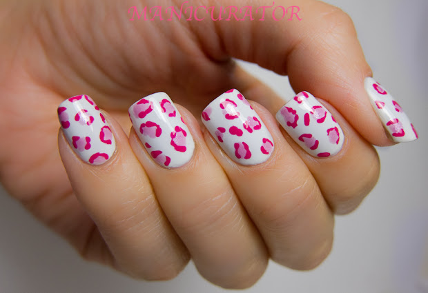 manicurator abstract nail art