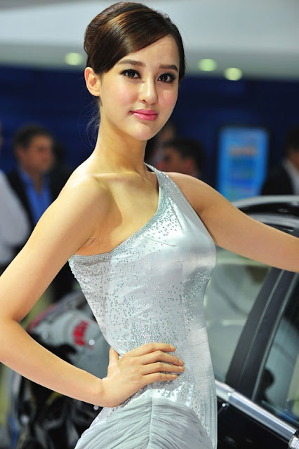 foto model cantik Auto show China 2012-16.jpg