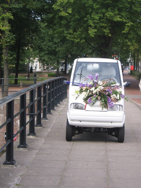 European wedding mobile