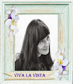 Была дизайнером блога VIVA LA VISTA