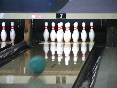 Bowling Tips : How to Bowl Strikes