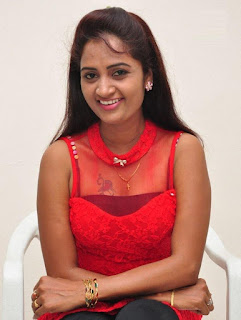 kaveri navel show photos