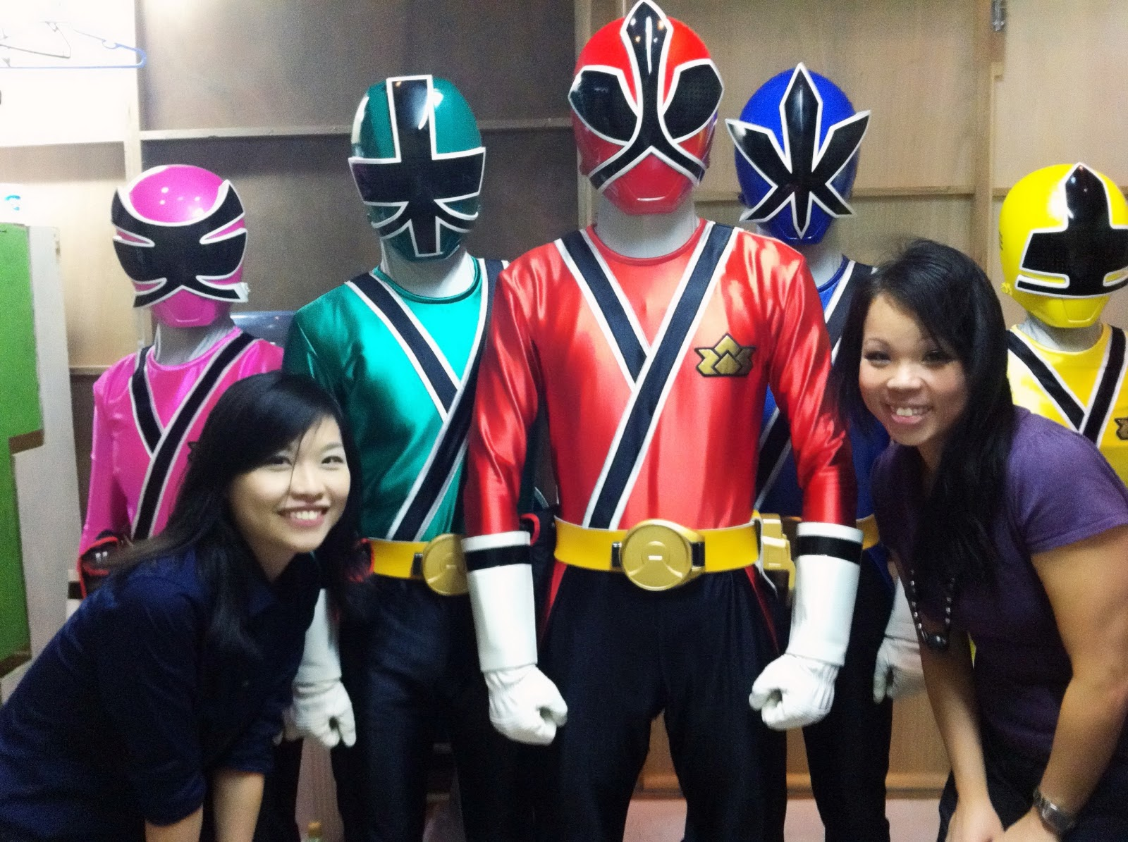 Me we power rangers meet greet at takashimaya gosh it was probably one of the busiest period i ever had in this company x m4hsunfo