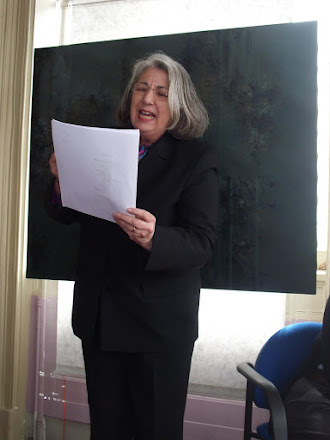 Prof. Lourdes dos Anjos