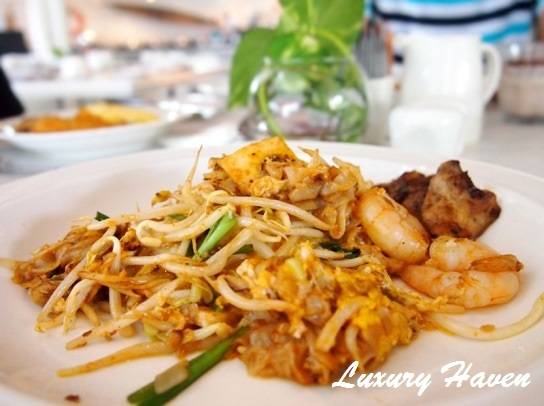 lone pine hotel penang bungalow char kway teow