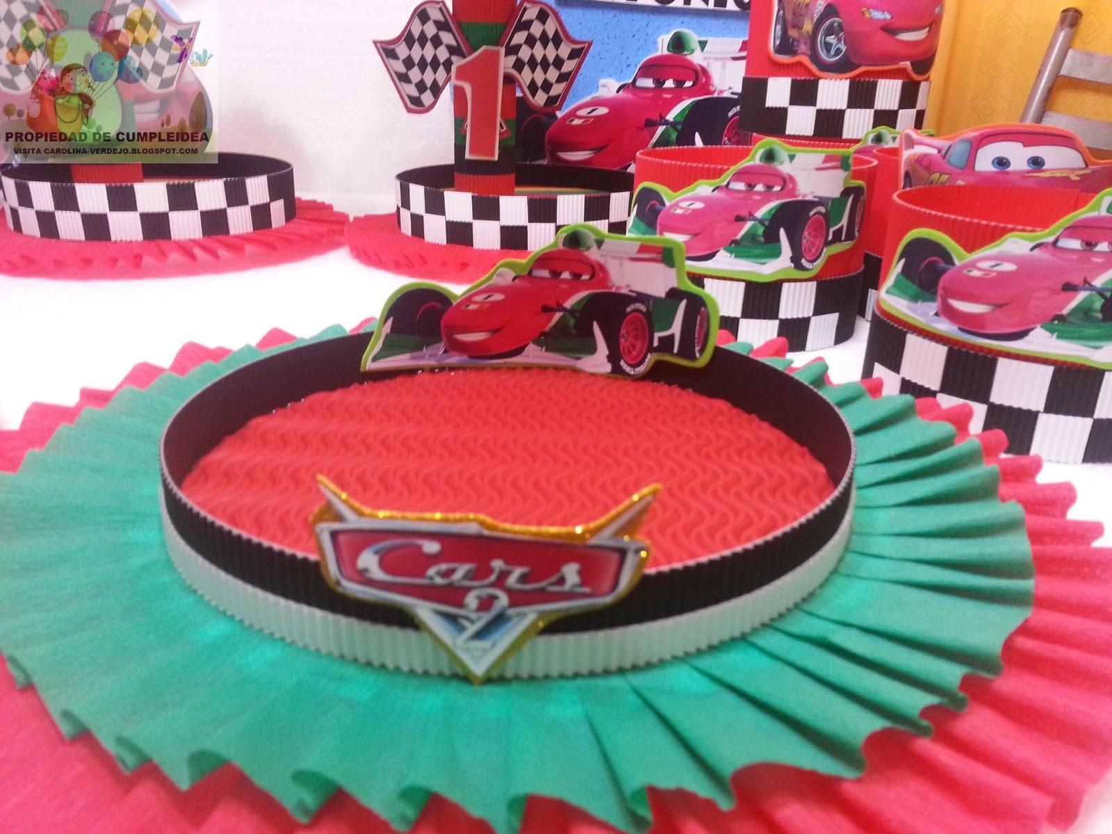 Decoraciones infantiles cars 2 for Decoracion de mesas infantiles