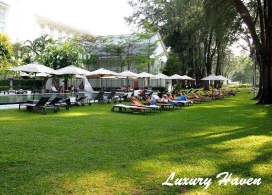 lone pine hotel penang infinity salt water pool relax