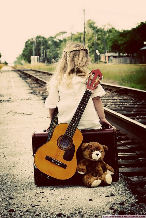 alone-beauty-sad-guitar-teddy-bear-railway-track