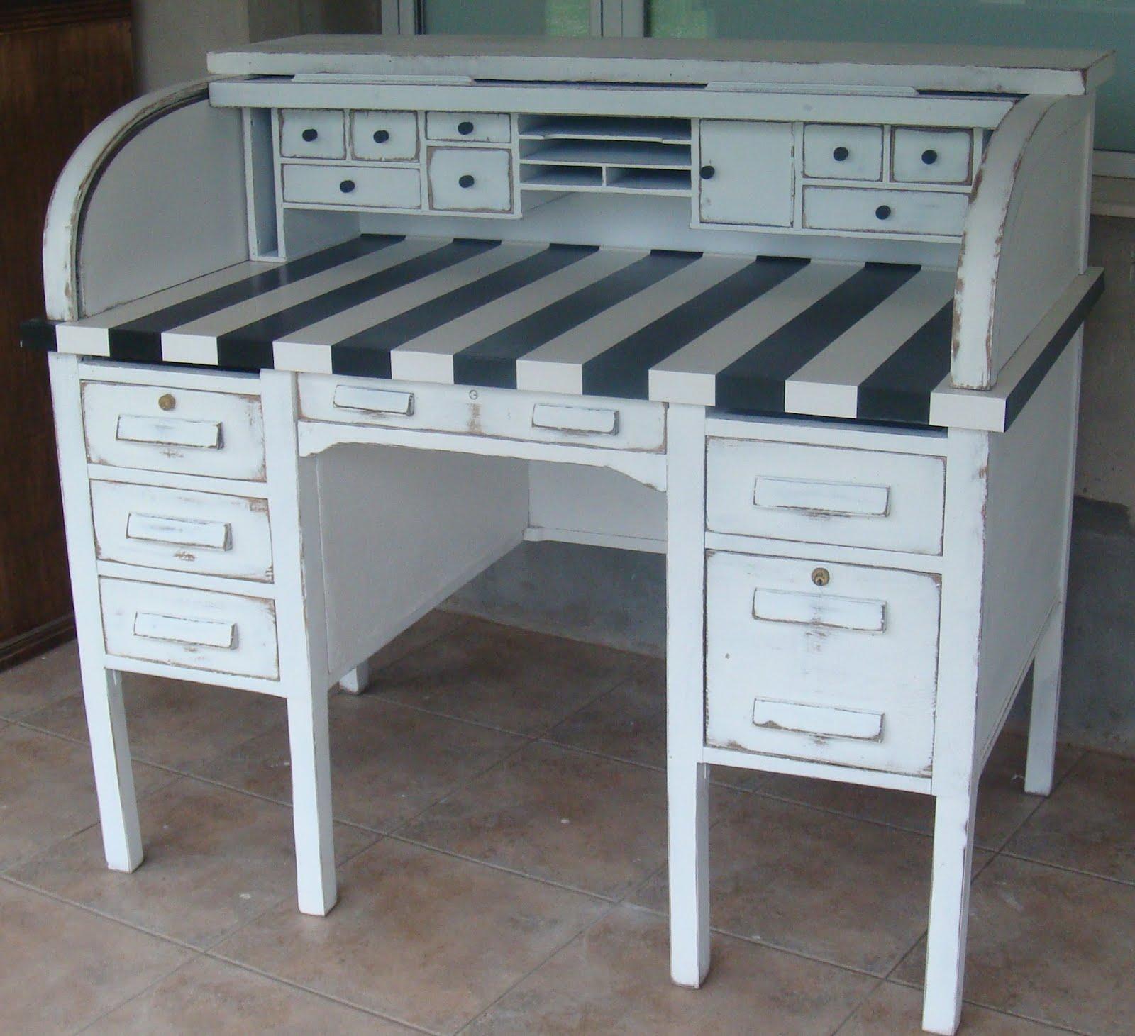 Mercadito de objetos muebles reciclados for Muebles antiguos reciclados
