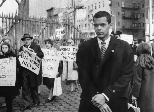 the protest marches in 1960 history essay This feature examines the causes of popular protests that erupted across south africa between 1948 and 1960, showing that they were largely responses to new measures passed by the apartheid government in the 1950s.