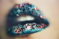 Green Flowery Stoned Lip Makeup