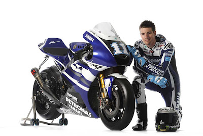 2011 Yamaha YZR-M1 MotoGP Ben Spies Photos