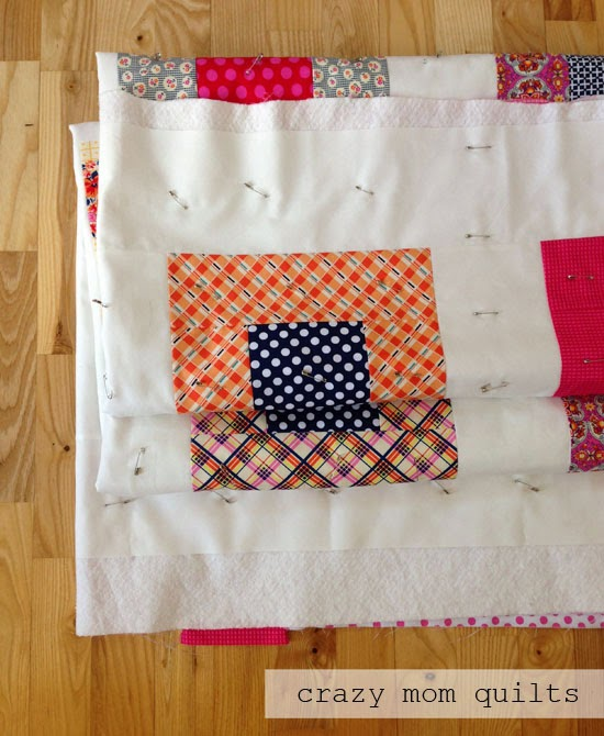 crazy mom quilts: Machine Quilting 101: Basting : basting a quilt - Adamdwight.com