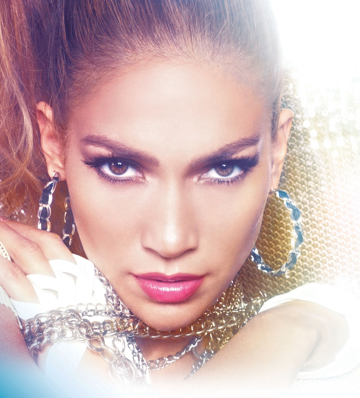 Jennifer Lopez Plays One-Night-Only Concert in Manila Tonight