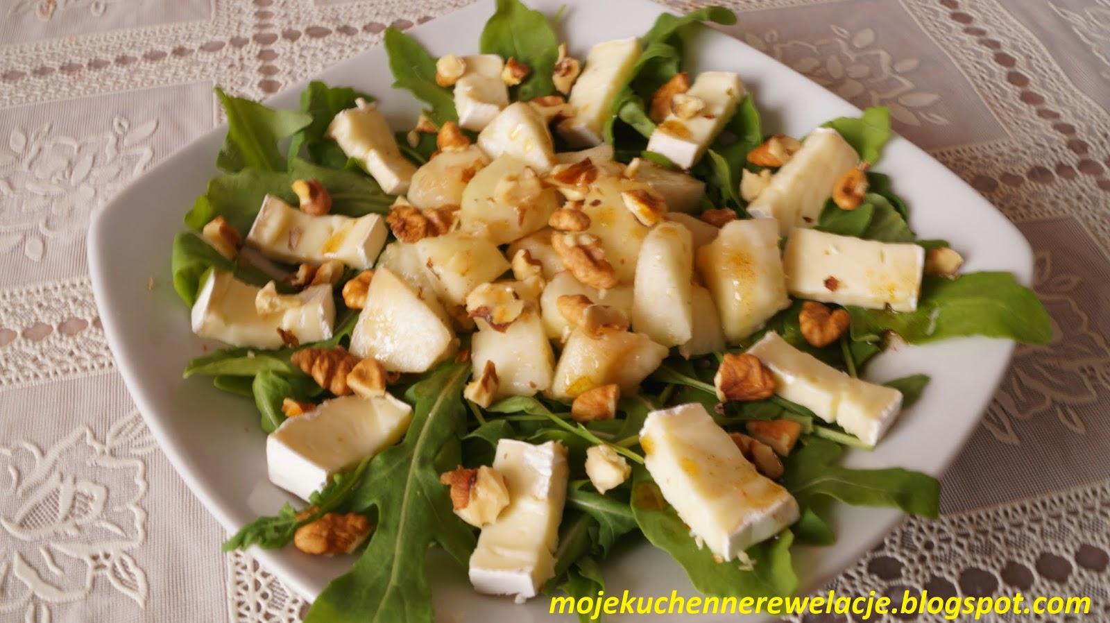 sałatka z serem pleśniowym