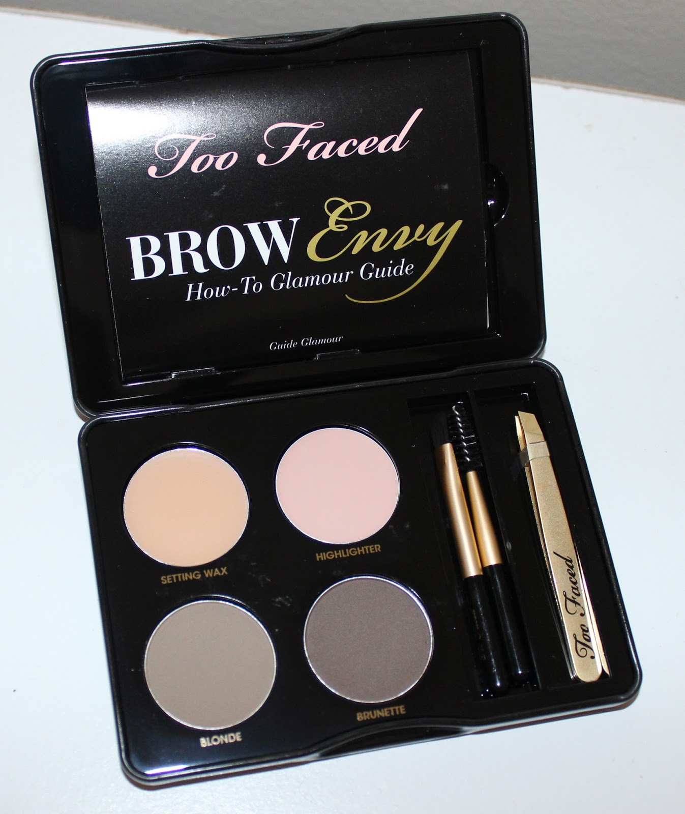 how to use a brow kit