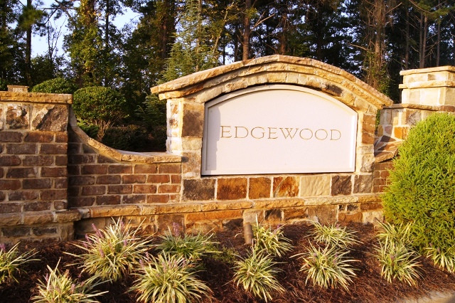 Fayetteville homes for sale edgewood subdivision for Custom home builders fayetteville nc